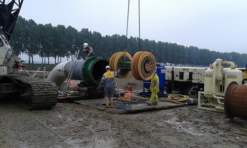 pipeline-pigging-cleaning-services